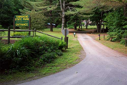 The park entrance (photo credit: Gary Froeschner)